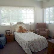 facility bedroom 02